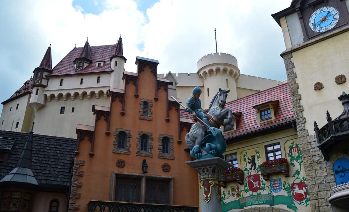7 Cool Things About Walt Disney World S Epcot Disneytips Com